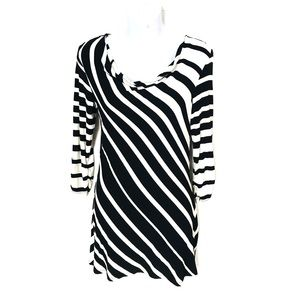 WHBM 3/4 sleeve striped B&W long top  Sz. XXS